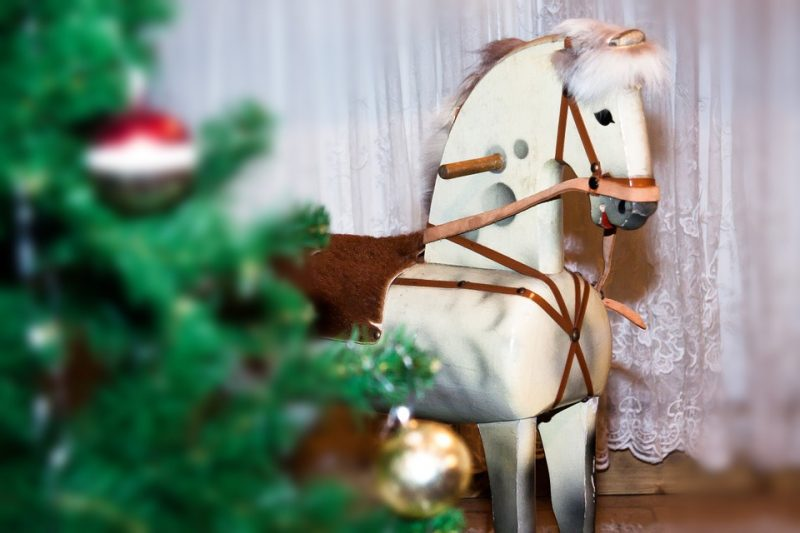 8 Adult Horse Gifts Under $20